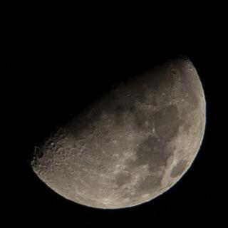mesiac: 6D + 70-200